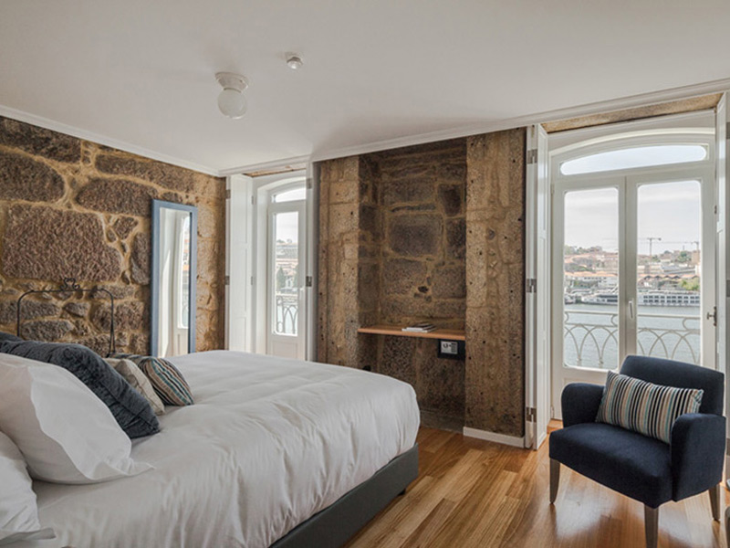 5-River-House-Douro-Porto-Portugal-Charming-Hotel-Bed-and-Breakfast-Room